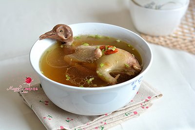 清蒸鸽子汤