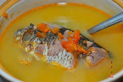 下奶汤系列之木瓜鲫鱼汤