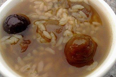 红枣桂圆粥