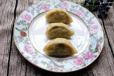 包菜鸡蛋粉丝蒸饺