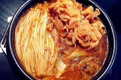 零基础韩式辣白菜肥牛汤