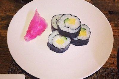 瘦身素食懒人简易紫菜包饭