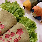 创意花朵绿豆饼