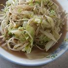 包菜炒豆芽