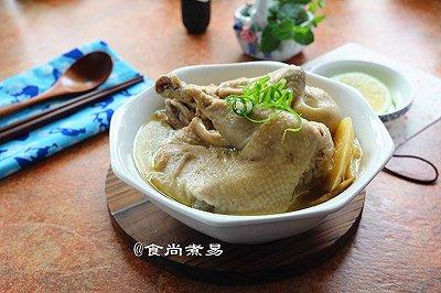 姜葱砂锅鸡