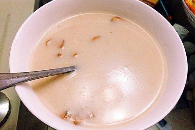 神还原必胜客的鸡茸蘑菇汤