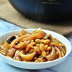 黄豆炖猪皮