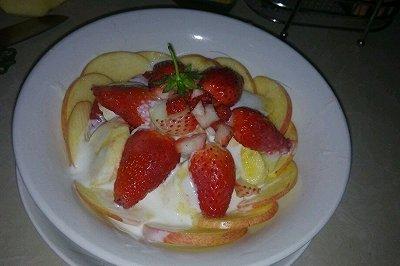 减肥酸奶水果沙拉