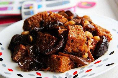 四喜烤麸浓油赤酱吃素菜