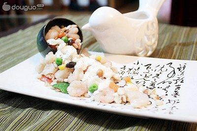 国色天香鸡头米虾仁