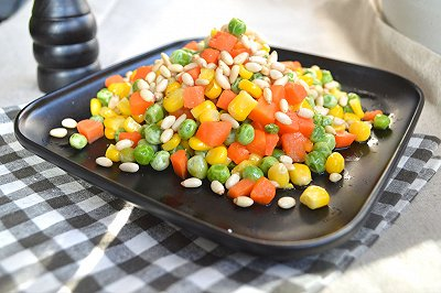 微波松仁玉米