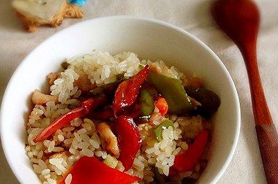 彩椒红烧肉焖饭