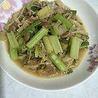 芹菜肉片炒金针菇