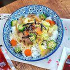 日式沙拉汁盖饭