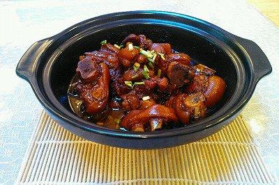 红烧猪蹄(�f字酱油)