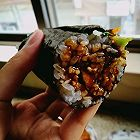 京酱肉丝包饭