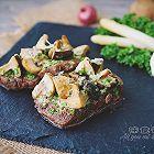 奶油蘑菇菲力牛排配白芦笋