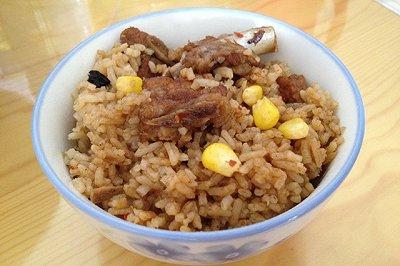 豆豉排骨闷米饭