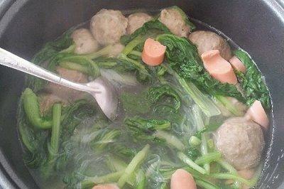 小白菜粉丝贡丸汤