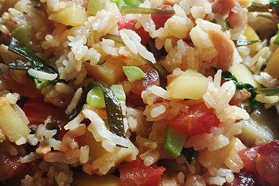 自创土豆蔬菜什锦烩饭