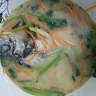鲫鱼红萝卜汤