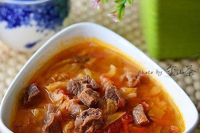 韩式卷心菜番茄牛肉汤