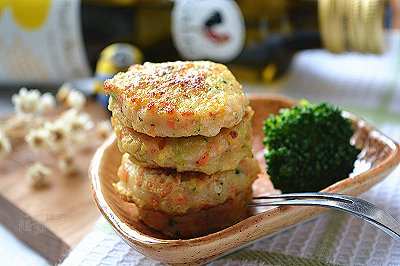 鲜虾小肉饼