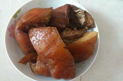 卤水猪头肉