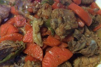 红烧排骨炖红萝卜(绝对下饭菜)