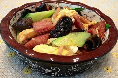 午餐肉版木须肉(苜蓿肉)