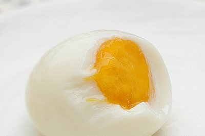 QQ糖变身假鸡蛋