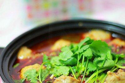 麻辣金针菇牛肉丸汤