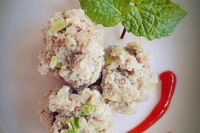 芹菜肉丸子(儿童营养餐)