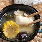 铁棍山药海带玉米排骨汤