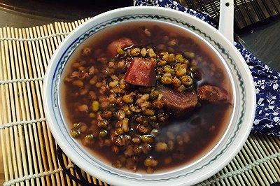 紫薯绿豆甜汤