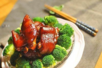 新年必备宴客菜 红烧猪蹄