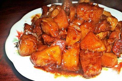 电饭锅版土豆红烧肉