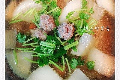 白萝卜羊肉丸子煲