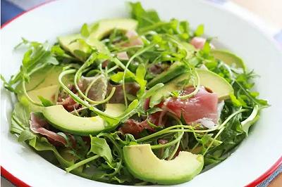 减肥低脂餐蔬果火腿沙拉