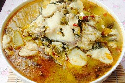 超简单自制美味酸菜鱼