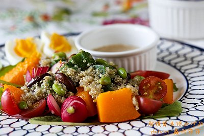 超模藜麦综合沙拉