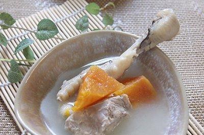 木瓜鸡爪猪骨汤