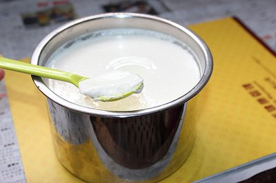 电饭煲自制老酸奶