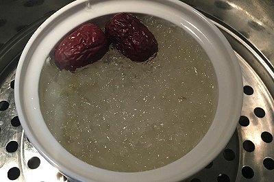 皂角米炖燕窝