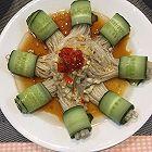 黄瓜卷金针