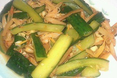 凉拌黄瓜黄花菜