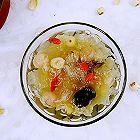 桂圆红枣银耳甜汤