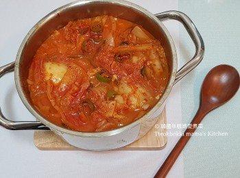呑拿魚泡菜鍋