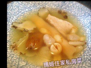 花旗蔘石斛瘦肉汤
