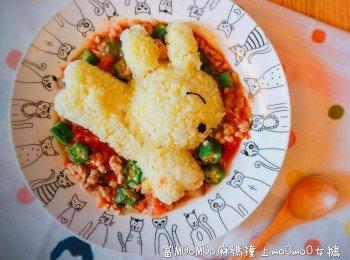 特浓茄酱秋葵肉碎烩蛋炒饭